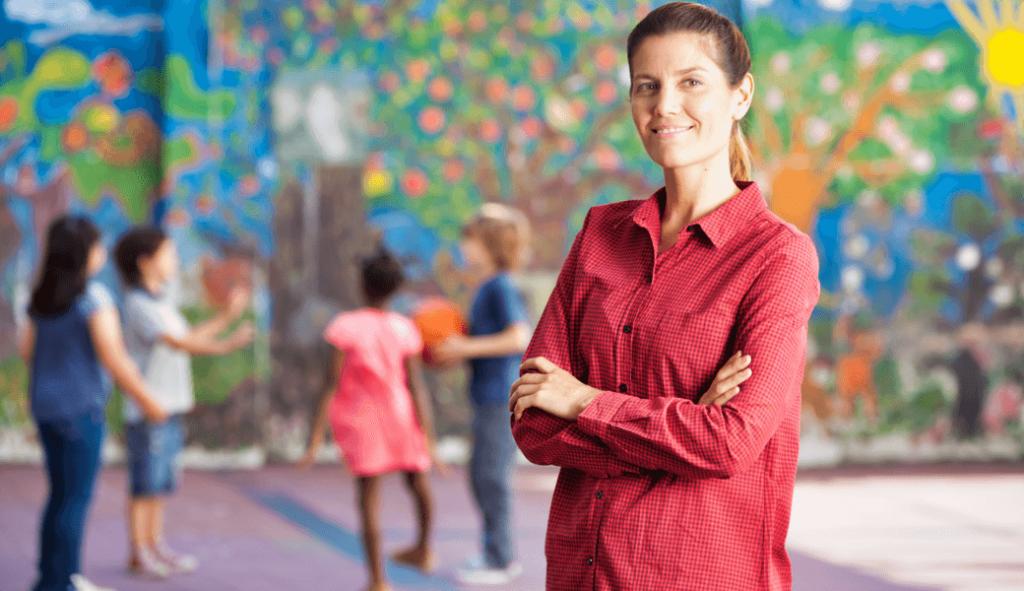 dozor pedagogickych asistentov